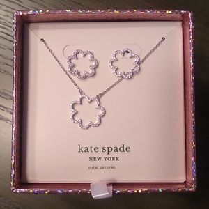 NEW Kate Spade Silver Scallop Earring/Necklace Set